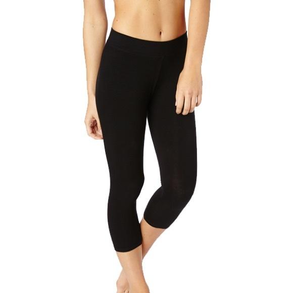 Uniqlo Pants Jumpsuits Womens Airism Cropped Leggings Poshmark